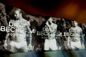 Дэвид Бекхэм снова разделся до трусов