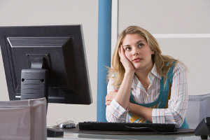 Сидячая работа приводит к увеличению объема бедер