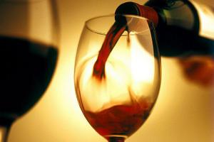 Красное вино избавит от лишних килограммов