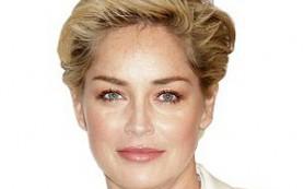 Стареющие знаменитости раскрывают секрет молодящего макияжа