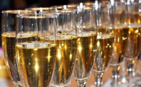 По утрам шампанское не пьют, а наносят на тело