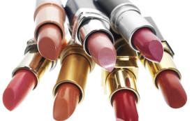 Высокий уровень токсичных металлов в американском макияже