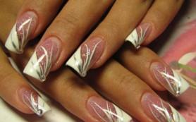 С младых ногтей об их красе заботься