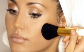 Пудра: необходимое завершение макияжа