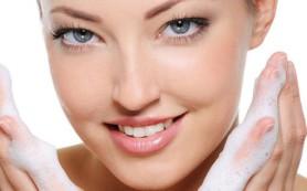 Защита сухой кожи лица: женщинам на заметку