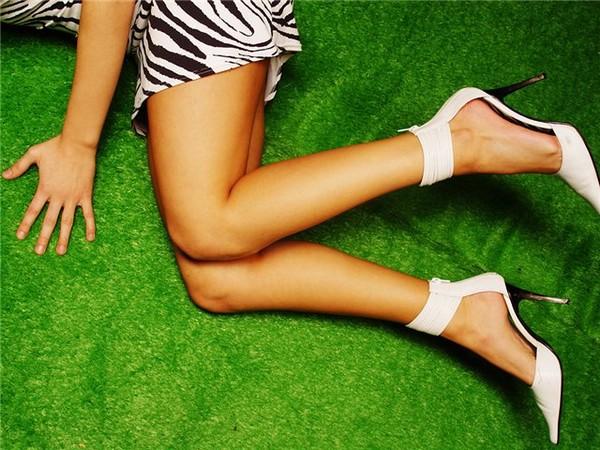 Борьба за красивые ноги: главное – своевременность