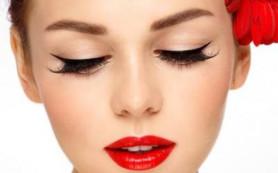 Как получить стойкий макияж