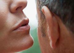 Чтобы стать привлекательной научитесь управлять голосом
