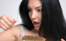 Лечим выпадающие волосы