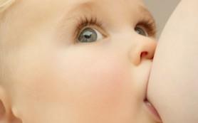 Беременность и кормление грудью – еще не повод мириться с тем, что упругий и красивый прежде бюст потеряет свое очарование