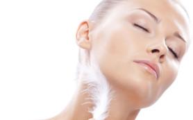 Лекарственные травы помогут в уходе за чувствительной кожей