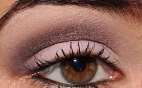 Особенности нанесения вечернего макияжа