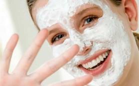 Готовим омолаживающие маски для ухода за кожей лица