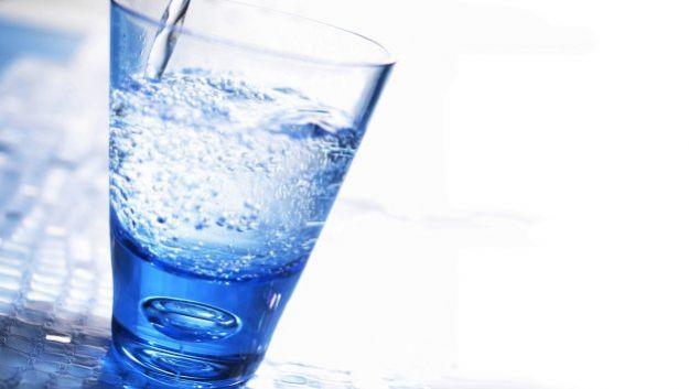 Замените газировку на воду – и вы худышка!