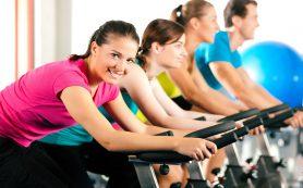 Заниматься спортом для похудения эффективнее натощак