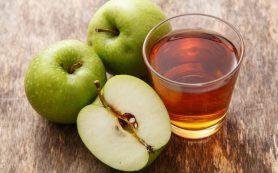 Легкая диета: стакан яблочного сока утром для здорового красивого тела
