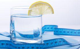 Вода перед едой помогает похудеть