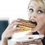 Найдена скрытая причина лишнего веса у женщин