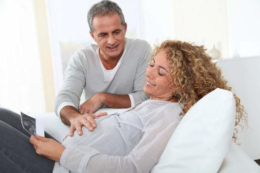 Врачи развенчали самые распространенные мифы о поздней беременности