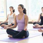 Названа главная польза йоги и медитаций
