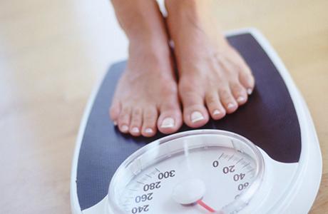 Плохие привычки, приводящие к увеличению массы тела