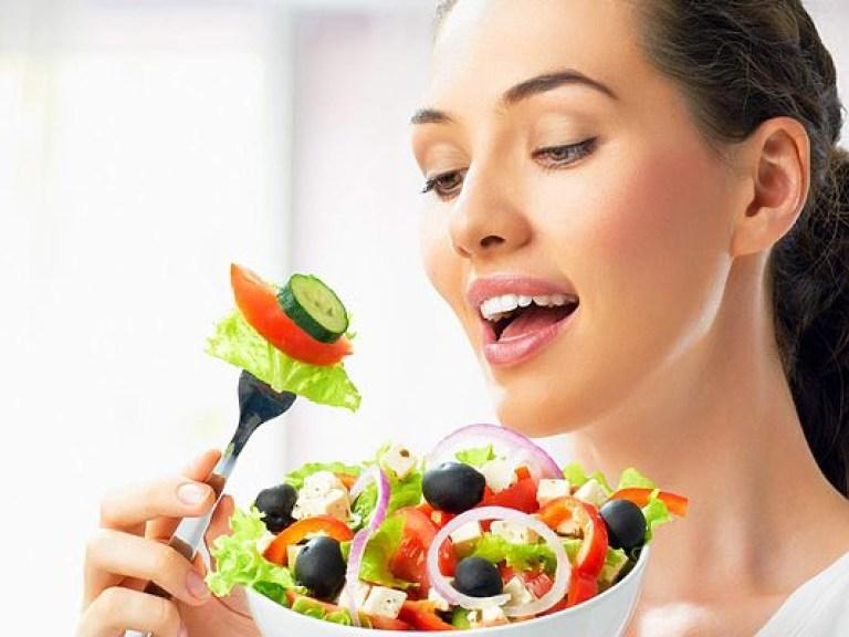 Врач: Лето – лучшее время для «диеты долголетия»