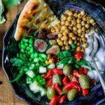 Самые важные продукты для здоровья женщин «за 40»