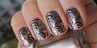 Дизайн ногтей — блестки, перья, стразы, фольга