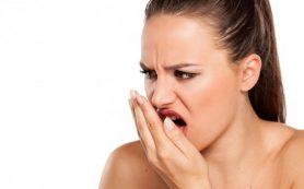 Три натуральных способа избавиться от запаха изо рта