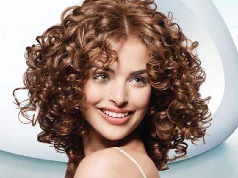 Какие причёски помогут скрыть, что у тебя грязные волосы?