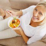 Диетологи подсказали, от каких продуктов желательно отказаться после 40 лет