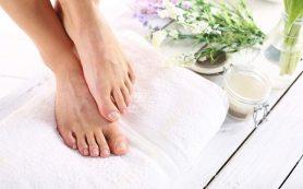 Как защитить кожу ног от сухости