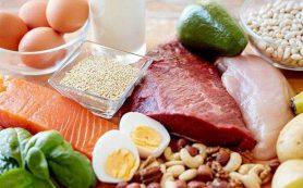 Врачи рассказали, кому противопоказана белковая диета