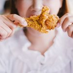 Жирная диета после 20 угрожает здоровью до конца жизни