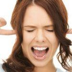 Почему возникает шум в ушах, объяснили врачи