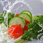 Почему может возникать отвращение к еде, рассказали специалисты