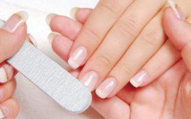 Почему слоятся ногти: 5 неочевидных причин