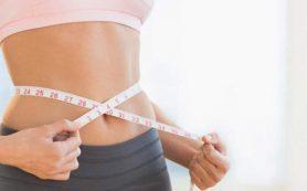 Диетолог объяснила, какие болезни может вызвать лишний вес