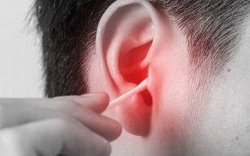 Почему уши никогда нельзя чистить ватными палочками