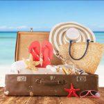 Счастливое лето: какая косметика нужна в отпуске?