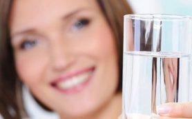 6 оздоровительных эффектов, которые связаны с питьем обычной воды