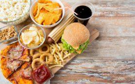 Названы продукты, которые провоцируют появление целлюлита