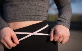 Невысыпающиеся люди чаще набирают лишний вес