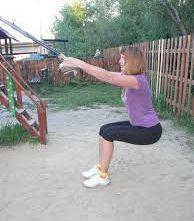 Необычные приспособления для фитнеса: качели