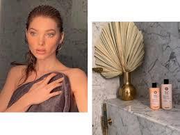 Бьюти-рутина Эльзы: любимые ароматы, шампуни, маски, средства против акне и другие секреты