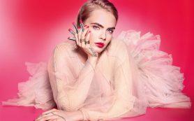 Губы как у Кары: сияющий блеск и помада для губ Dior
