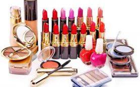 Просроченная косметика: угроза для женщины
