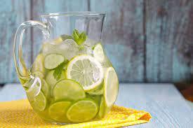 Нет, к сожалению, вода с лимоном не ускоряет метаболизм