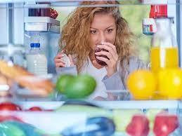 5 способов навсегда убрать неприятный запах из холодильника